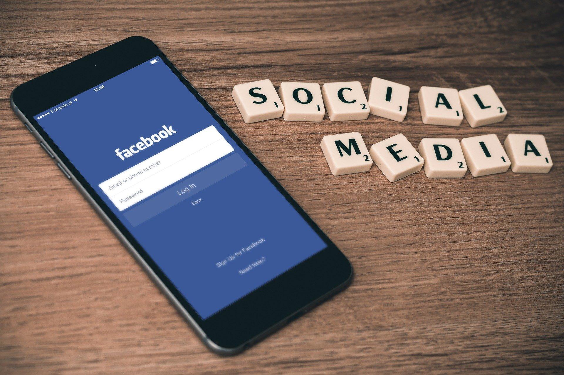 Sociálne médiá si môžu pekne pohrávať s našou mysľou